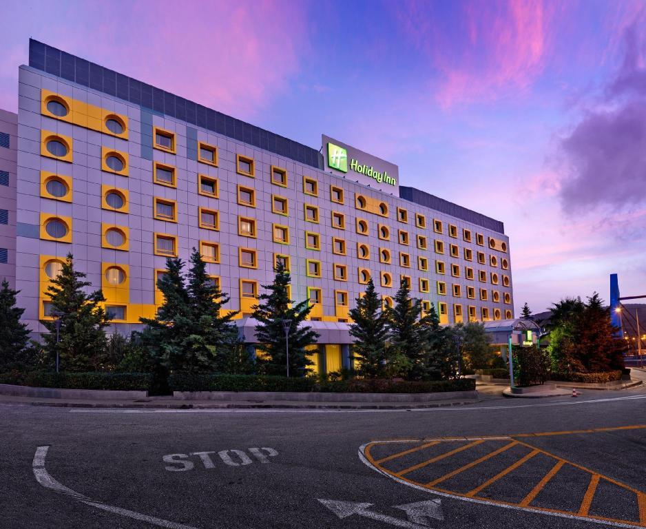 Holiday Inn Athens Attica Av Airport W