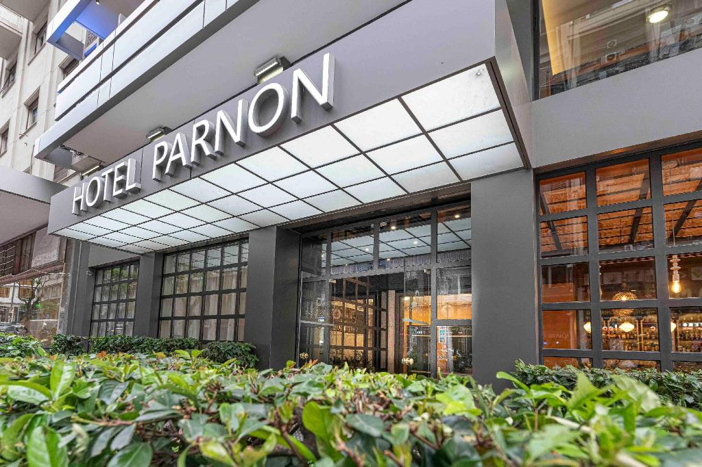 More about Parnon Hotel