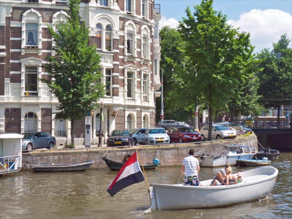 book quentin amsterdam hotel in netherlands 2018 promos. Black Bedroom Furniture Sets. Home Design Ideas