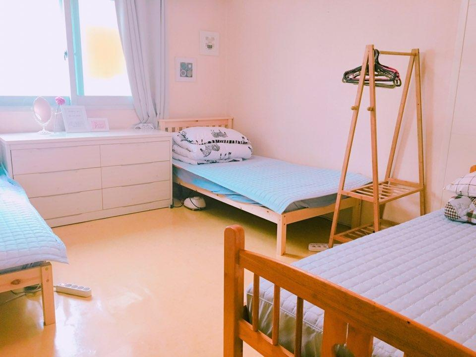 Трехместный - 3 Одноместные кровати (Triple - 3 Single Beds)