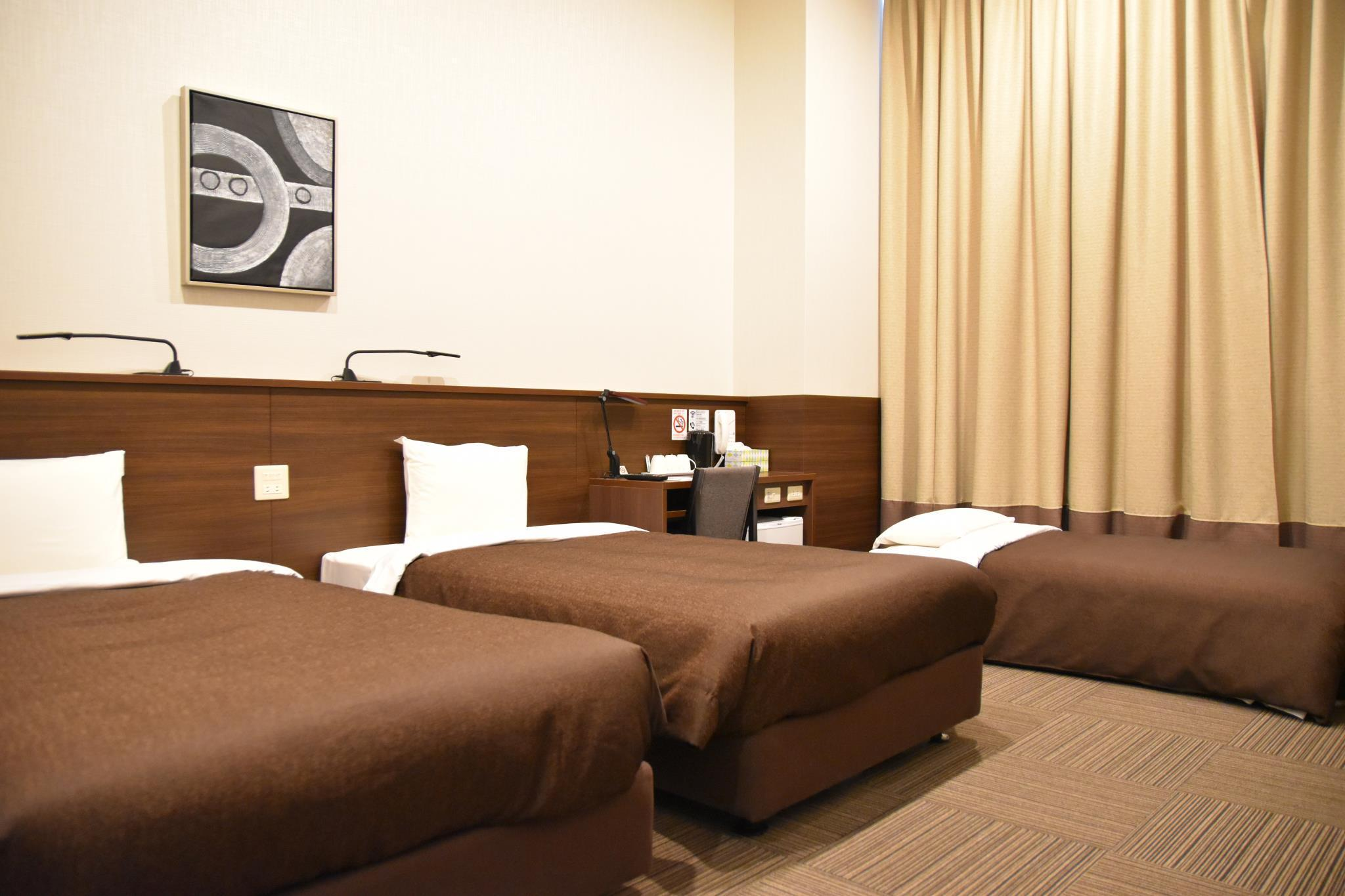 Kamar Triple – Untuk 3 Orang, Bebas Asap Rokok (Triple Room for 3 People - Non-Smoking)