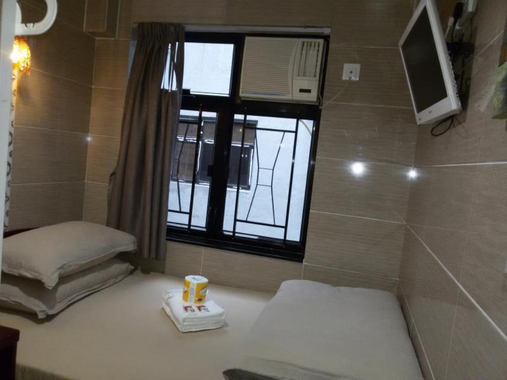 Double  Room with Private Bathroom Aashiana Hotel