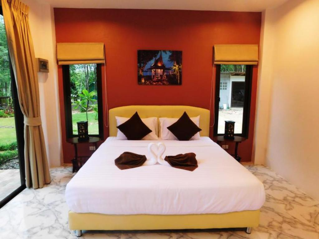 Quarto Duplo King Size Phuket Sirinapha Resort