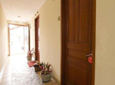 Balcony/terrace RedDoorz Plus near Parahyangan University