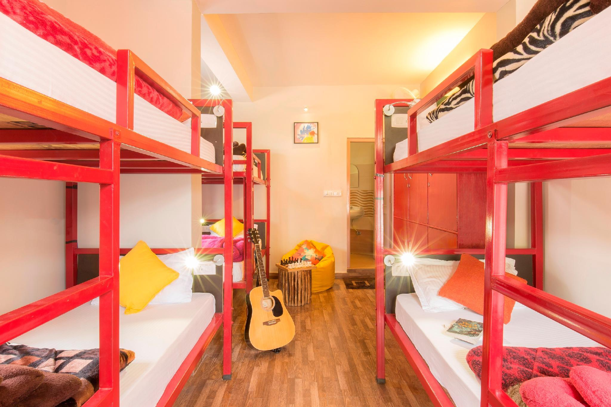 1 person i 6-sengs Sovesal - Blandet (1 Person in 6-Bed Dormitory - Mixed)
