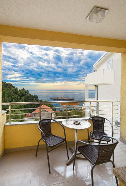 Sea View Apartment
