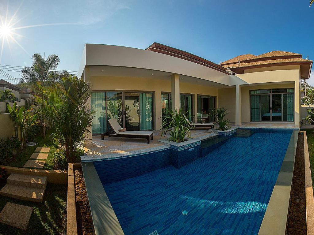 Piscina exterior Shanti Estate by Tropiclook