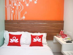 Zen Rooms near Grand City Mall
