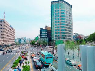 Serviced Apartment (Seoul Station)