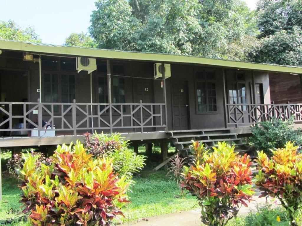 More about Benarat Lodge