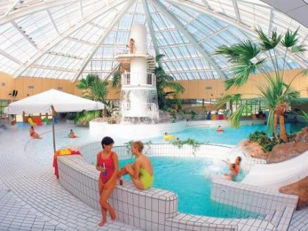 Center Parcs Zandvoort Zwembad.Beachhotel Zandvoort By Center Parcs Zandvoort Boek Een
