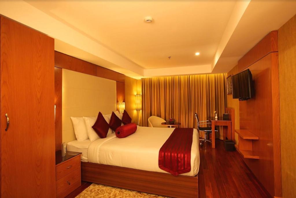 The Garuda Hotel Thrissur India Photos Room Rates Promotions