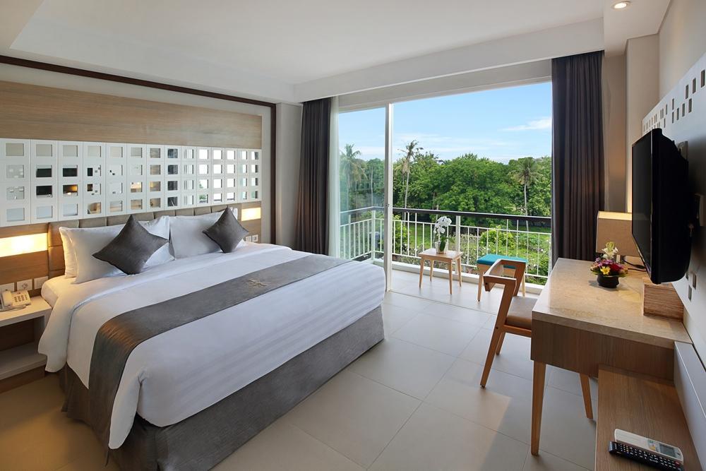 Jimbaran Bay Beach Resort & Spa by Prabhu in Bali - Room