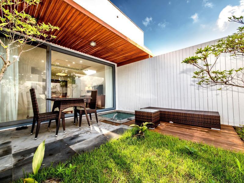 the shimpang spa and poolvilla jeju island save on agoda rh agoda com