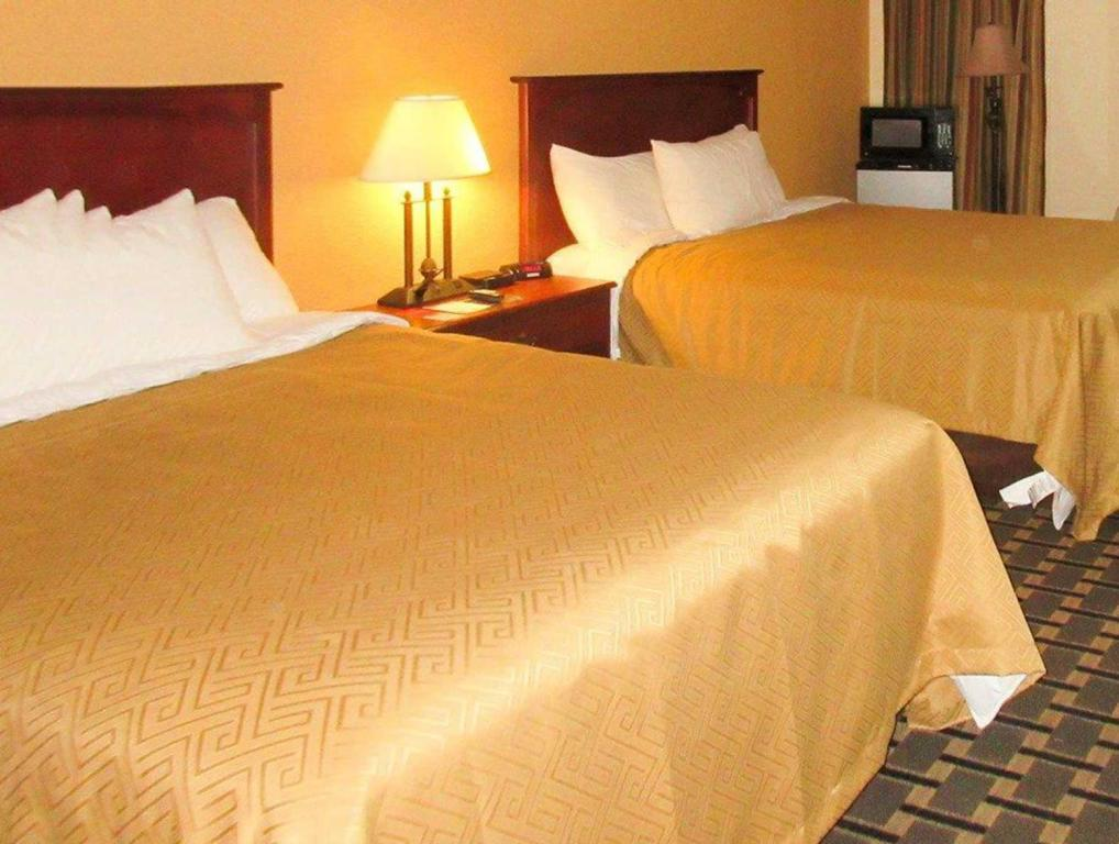 See all 6 photos Econo Lodge Inn and Suites Brookings