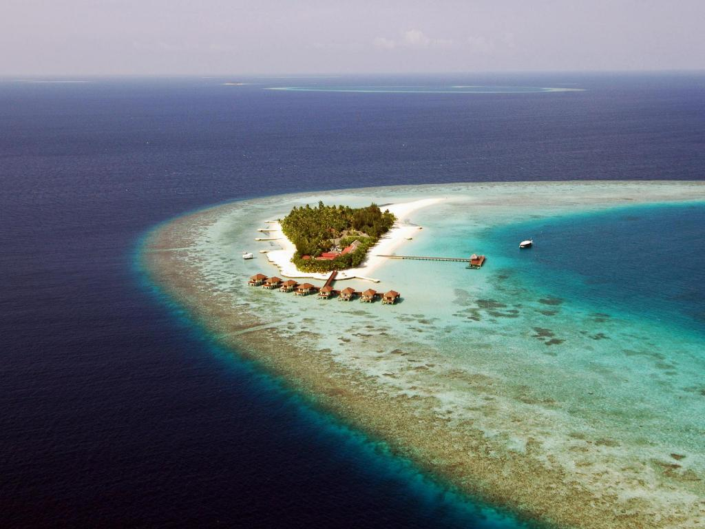 VOI Maayafushi Resort - All Inclusive in Maldives Islands - Room Deals, Photos & Reviews
