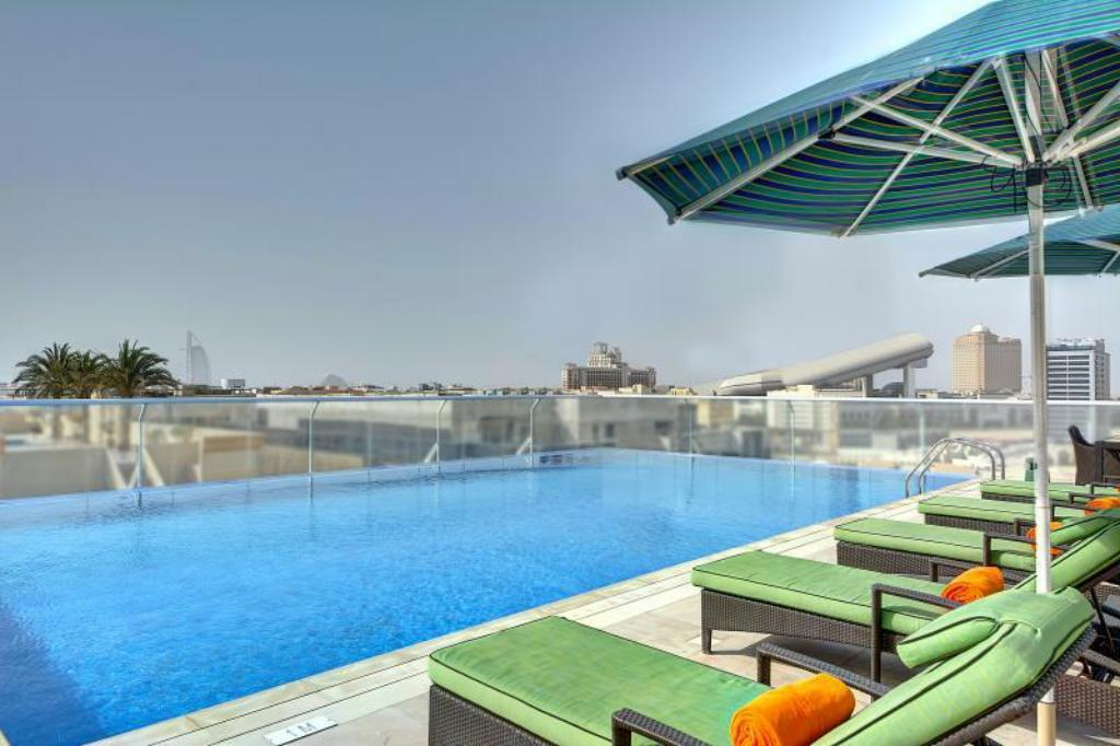 Swimming pool [outdoor] Al Khoory Atrium