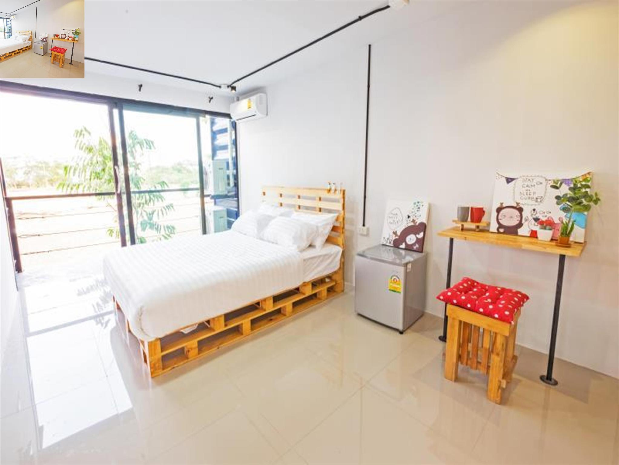 Deluxe Double Room - (Non-Smoking)