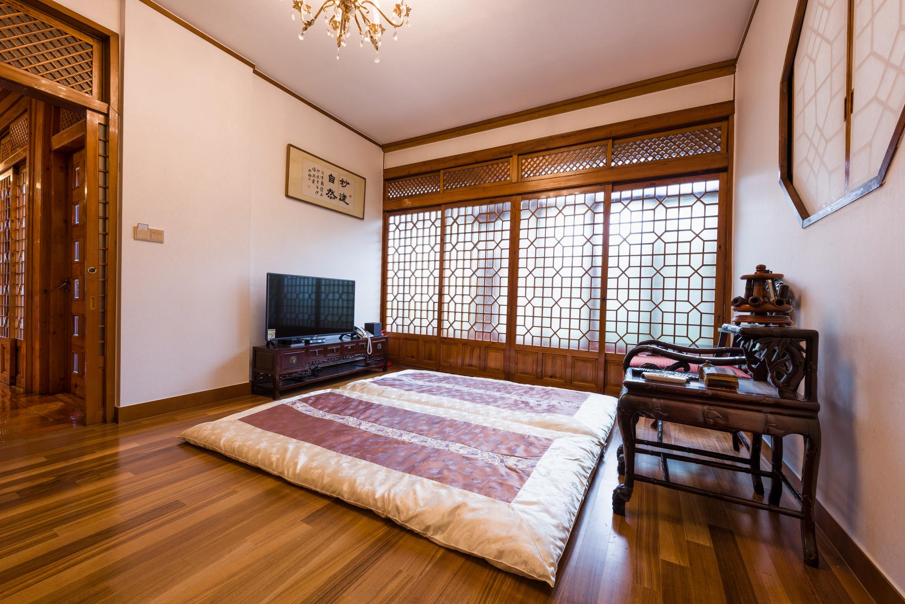 Korean Traditional Ondol Room for 3 Guests