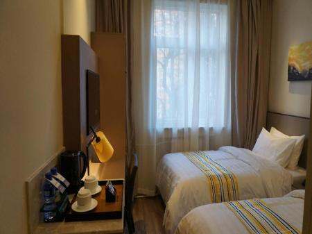 Selected Twin Room Home Inn Plus Beijing Agriculture Exhibition Changhong Bridge Branch