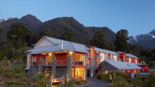Distinction Fox Glacier Hotel