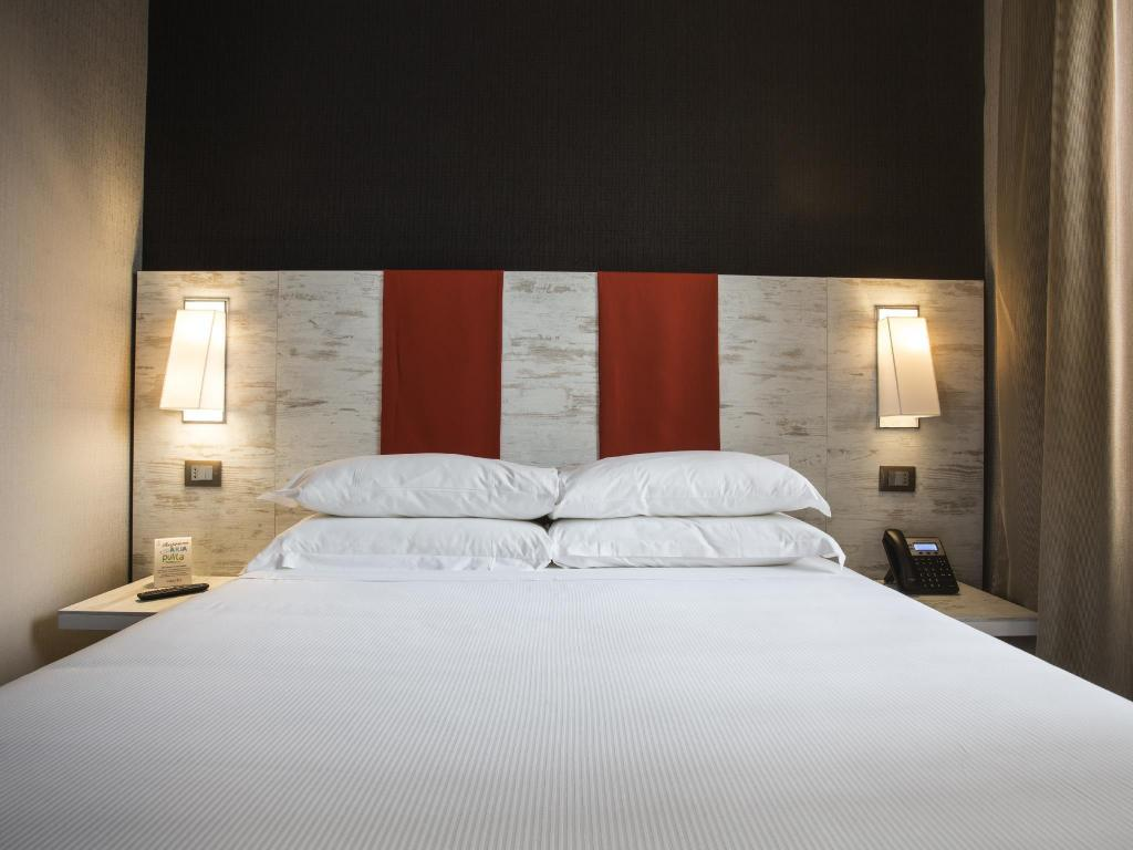 Standard Single - Bed Smooth Hotel Rome Termini