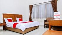 Residences by RedDoorz near Rumah Mode