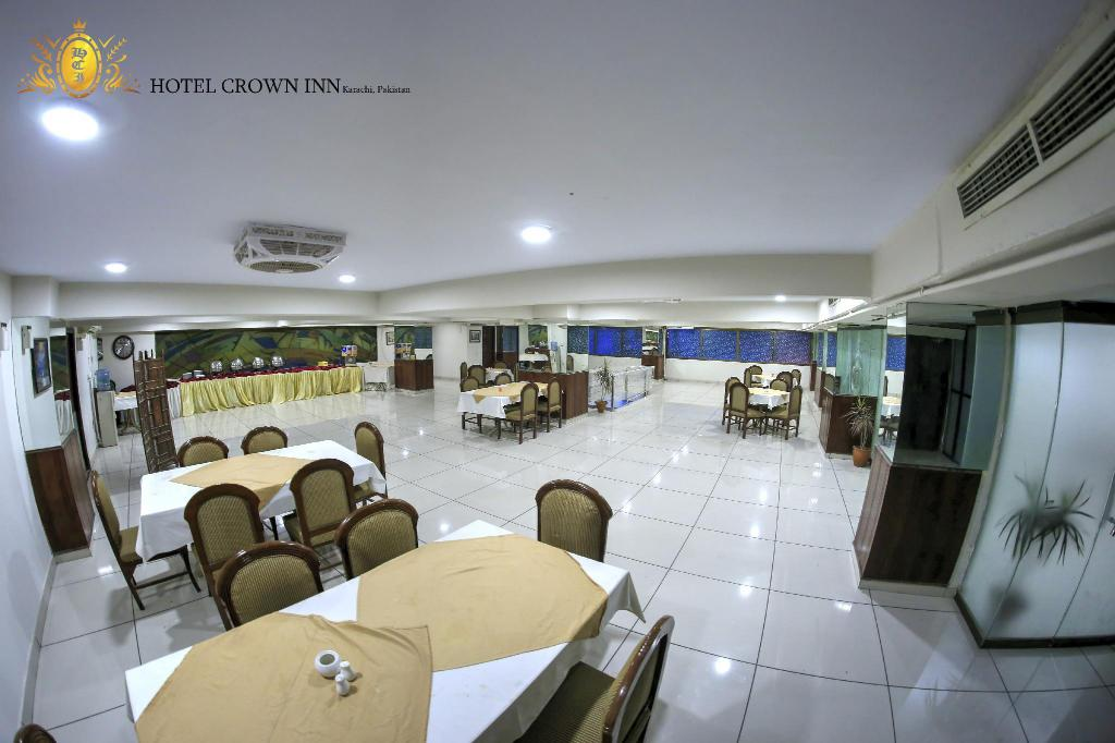 Buffet Hotel Crown Inn