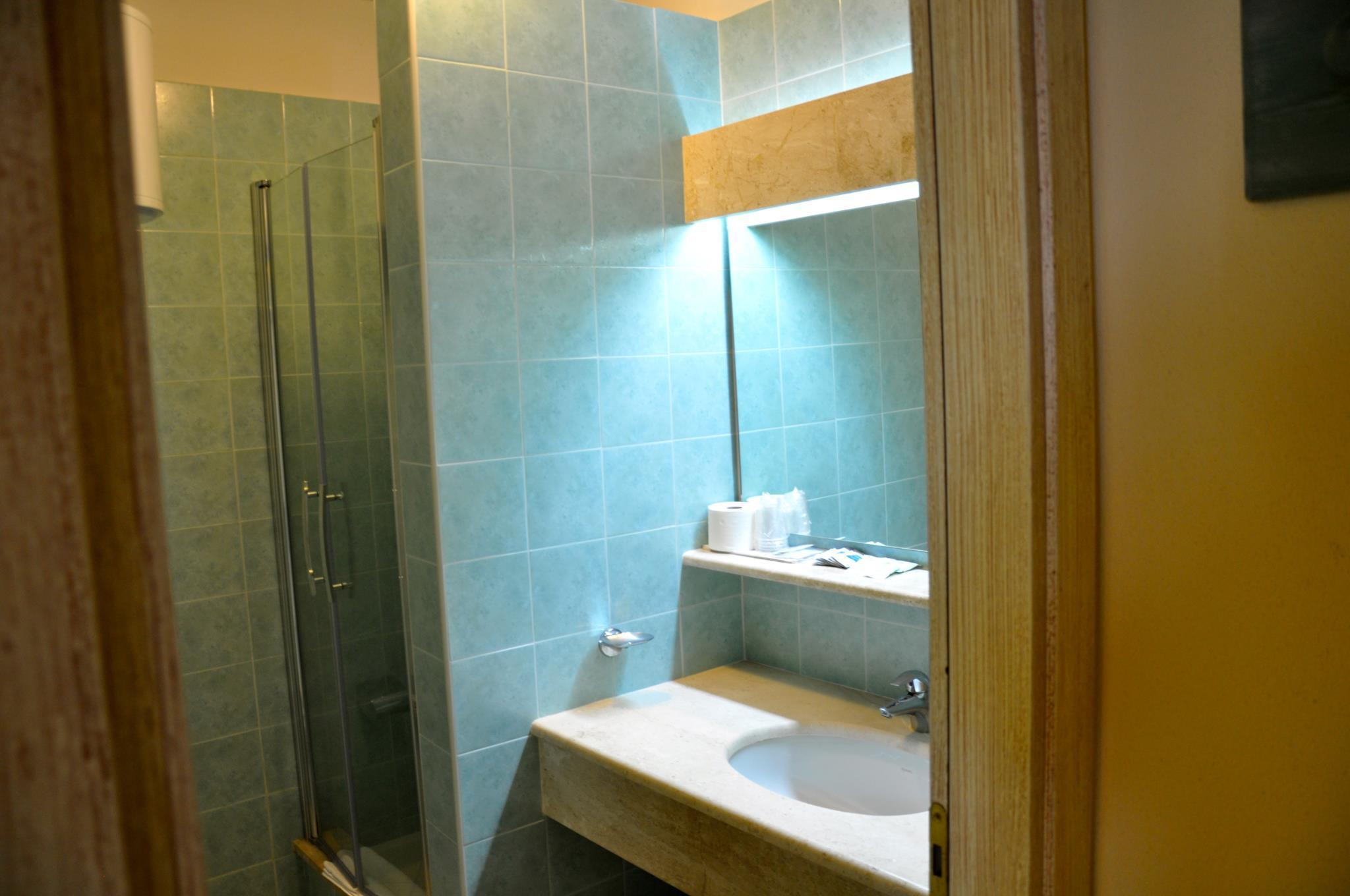 Apartament cu 1 dormitor (One Bed Room Apartment)