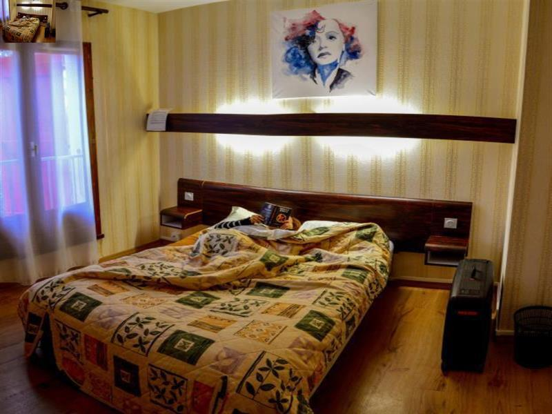 Double Bed Private