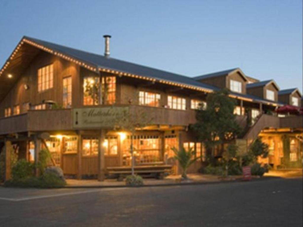 Mini Chalet En Bois powderhorn chateau | ohakune 2020 updated deals $112, hd