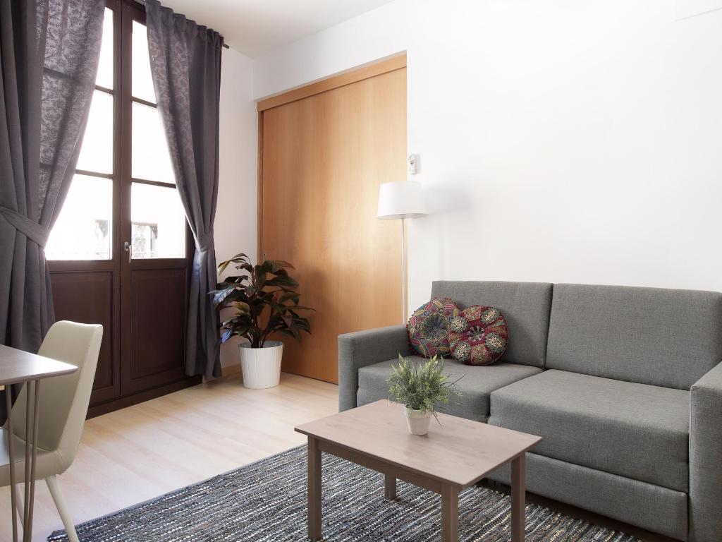 Casa gracia barcelona hotel in spain room deals photos reviews - Hotel casa gracia barcelona ...