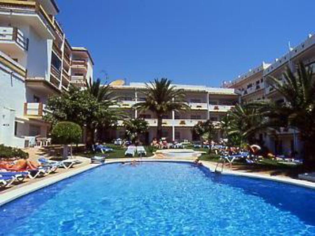 Piscina Crown Resorts Club Marbella