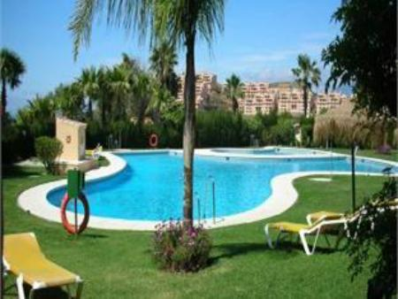 Swimming pool Apartamentos El Porton