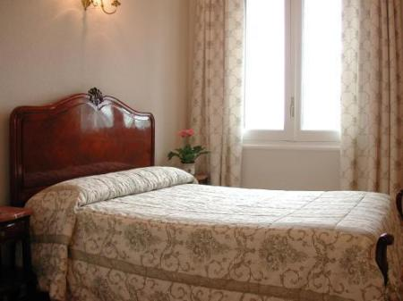 Standard Double Room Hotel Real Segovia