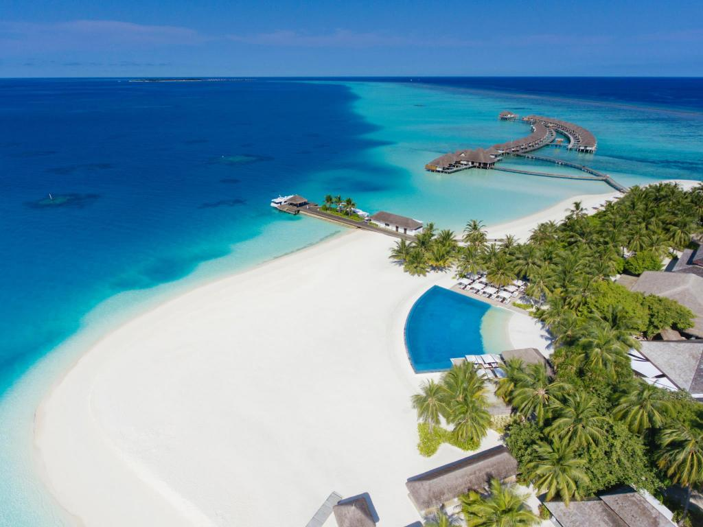 More about Velassaru Maldives Resort