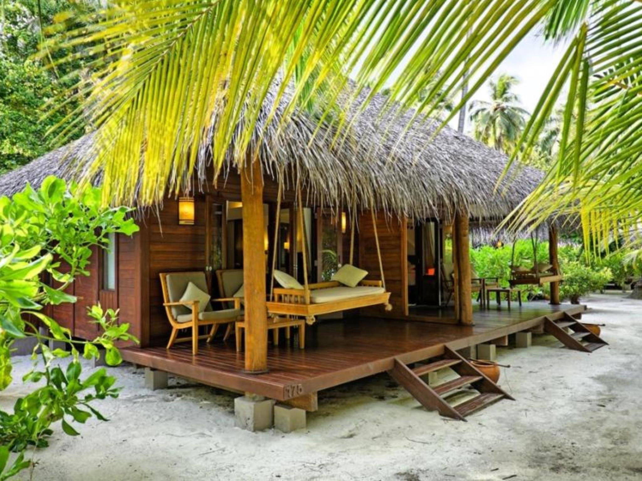 Medhufushi Island Resort In Maldives Rooms Deals Reviews