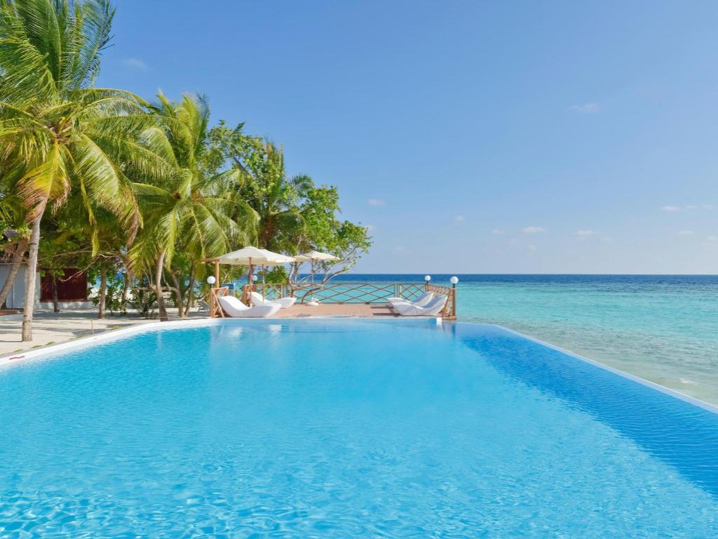 Best Price On Thulhagiri Island Resort Spa Maldives In Maldives Islands Reviews