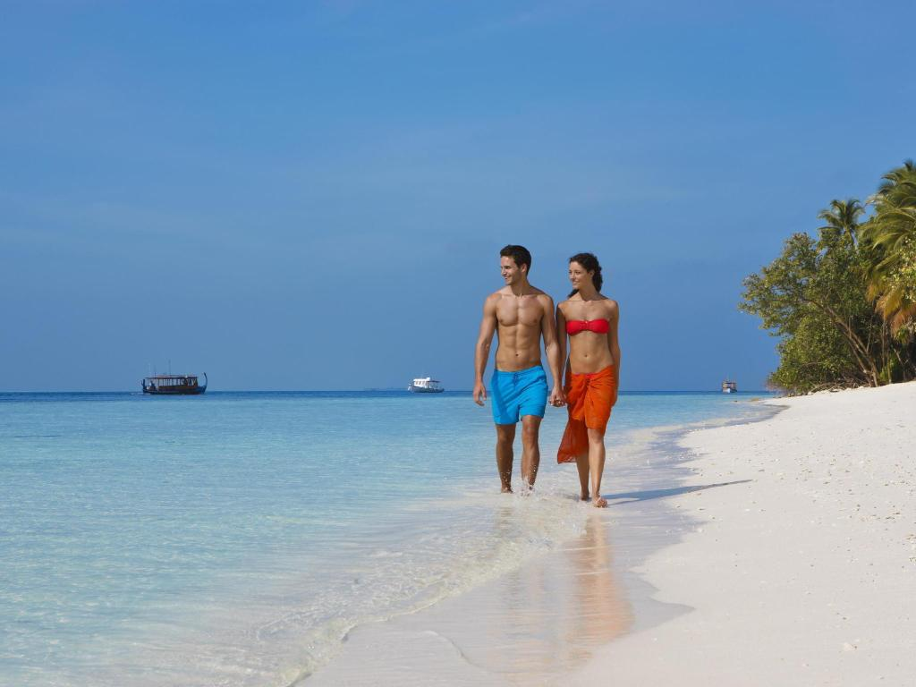 Beach Vilamendhoo Island Resort & Spa