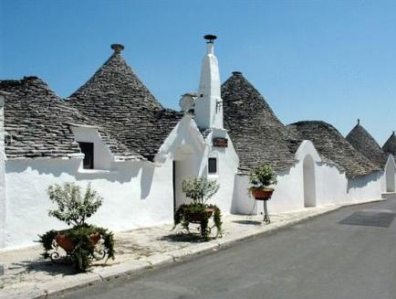 Room, 2 Bedrooms, Kitchen (Trullo)