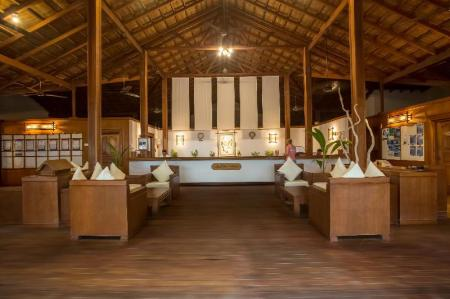 Lobby Reethi Beach Resort