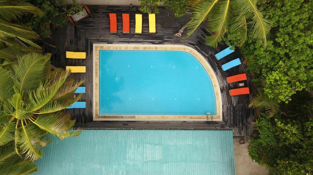 Swimming pool [outdoor] Reethi Beach Resort
