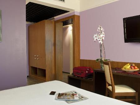 Cdh my one hotel bologna italy 2019 reviews pictures for Hotel bologna borgo panigale