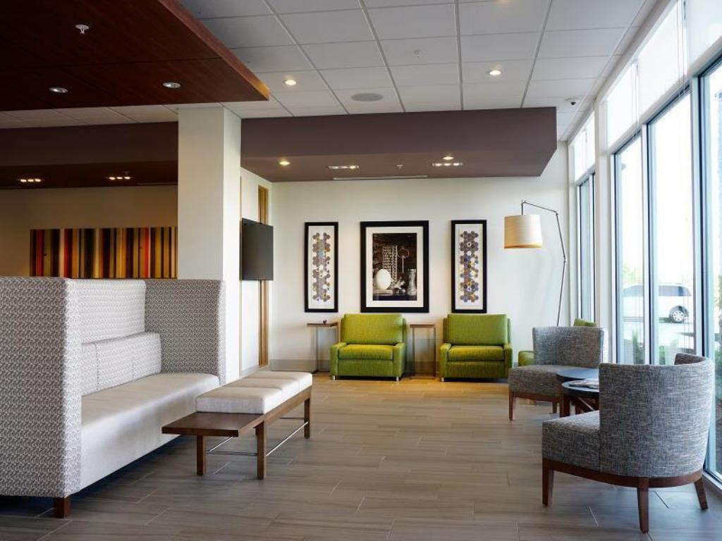 Interior view Holiday Inn Express & Suites Omaha - Millard Area