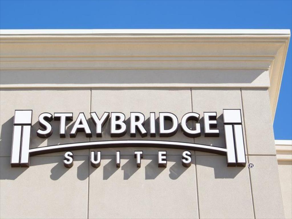 עוד על Staybridge Suites Omaha West
