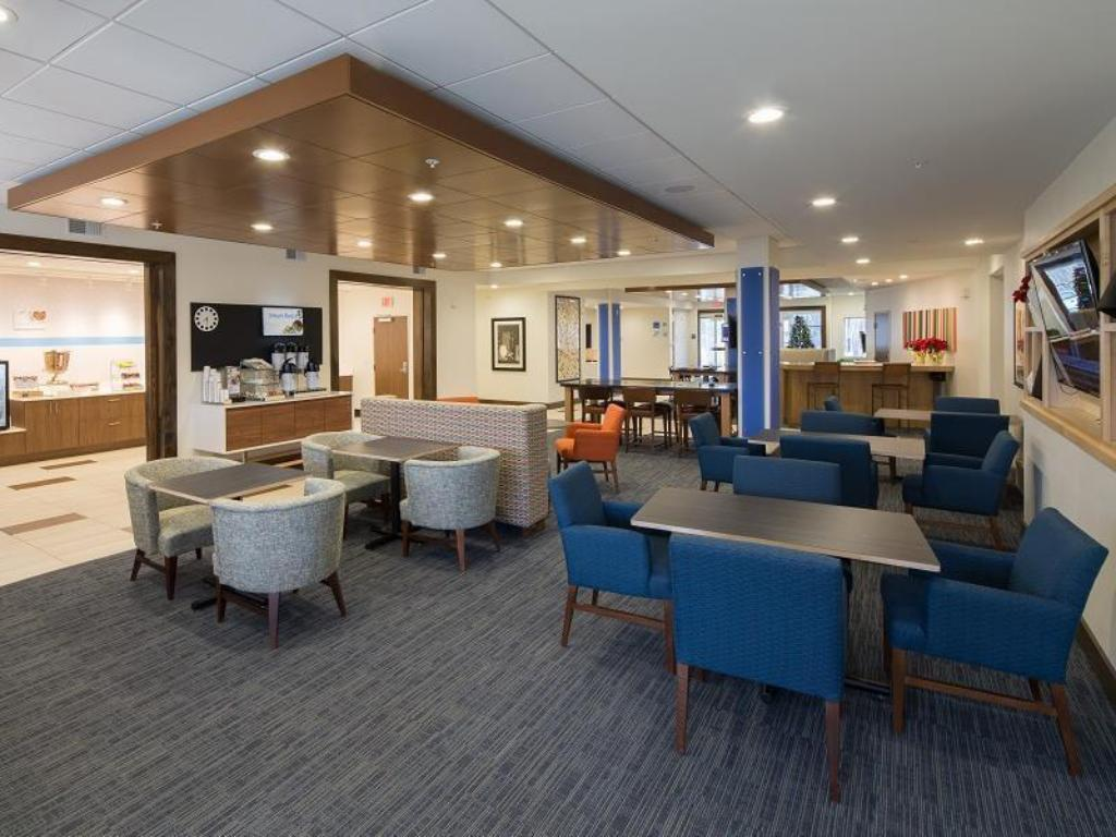 Interno Holiday Inn Express & Suites Alpena - Downtown