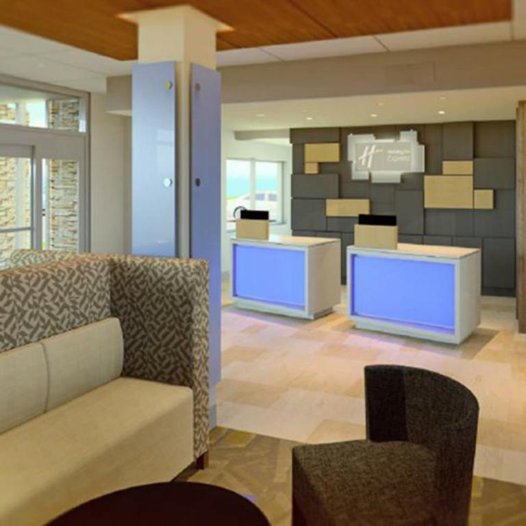 Лоби Holiday Inn Express & Suites Coldwater