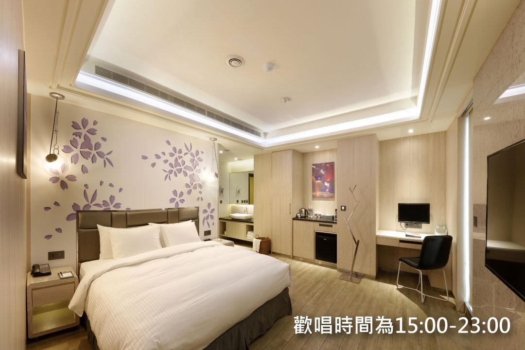 客房C - 有私人KTV包廂,車庫 (Room C with Private KTV Room and Garage)