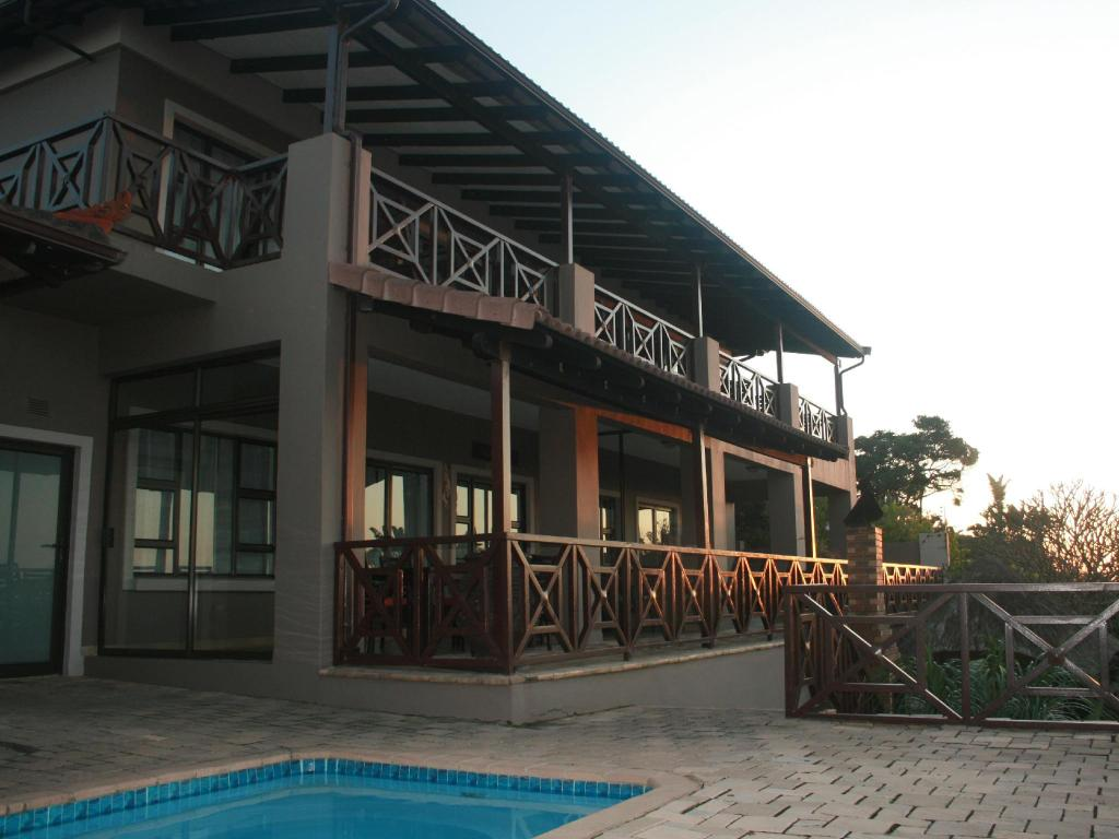 More about LOMBOK LODGE