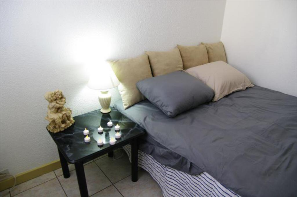 Apartment - Bedroom Tumon Family House with Free Portable WIFI
